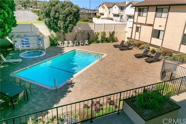 24001 Neece Avenue #15, Torrance, CA 90505 (#SB19055040) :: Millman Team