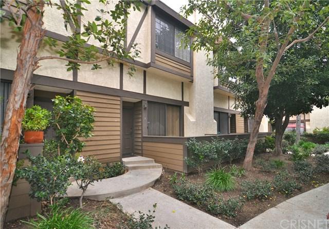 21145 Lassen Street #3, Chatsworth, CA 91311 (#SR19053856) :: Go Gabby