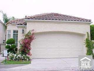 16 Dauphin, Dana Point, CA 92629 (#OC19056901) :: Berkshire Hathaway Home Services California Properties