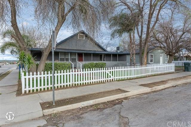 220 Tyler Street, Bakersfield, CA 93268 (#OC19058197) :: The Laffins Real Estate Team