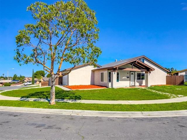 1015 Harlan Cir, San Diego, CA 92114 (#190014020) :: Jacobo Realty Group
