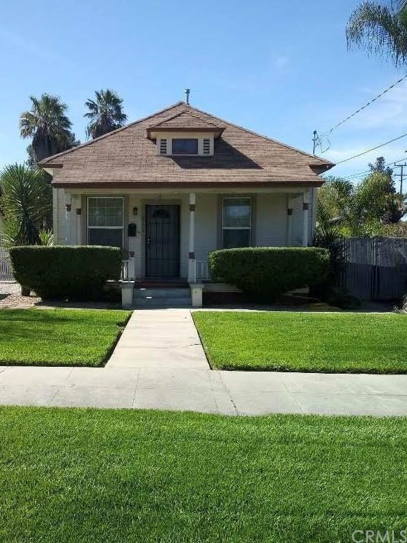2776 5th Street, Riverside, CA 92507 (#MB19058810) :: Mainstreet Realtors®