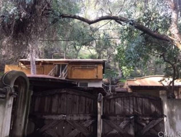 3533 Canon Drive, Topanga, CA 90290 (#IV19059824) :: The Laffins Real Estate Team