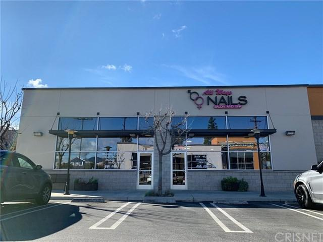 9044 Corbin Avenue B&F, Northridge, CA 91324 (#SR19058875) :: Go Gabby