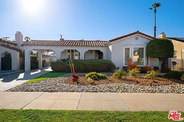 3887 Degnan, Los Angeles (City), CA 90008 (#19445048) :: J1 Realty Group