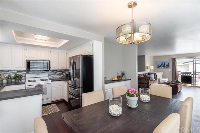 467 W 38th Street #6, San Pedro, CA 90731 (#SB19059843) :: Naylor Properties
