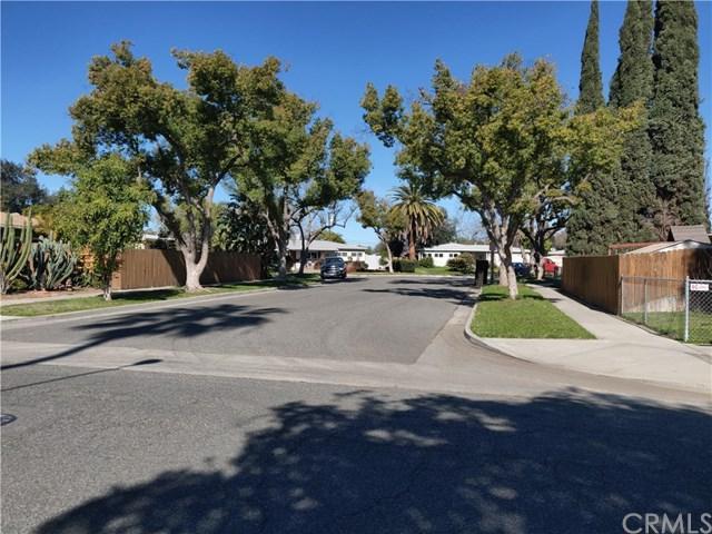 3618 Hoytt Street, Riverside, CA 92504 (#CV19061712) :: Go Gabby