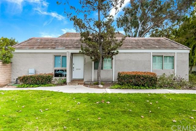 24856 Lakefield Street, Lake Forest, CA 92630 (#OC19061652) :: Doherty Real Estate Group