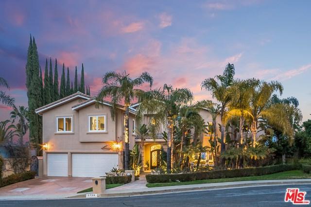 3758 Coldstream Terrace, Tarzana, CA 91356 (#19445372) :: J1 Realty Group