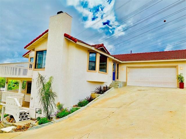 14022 Rancho Del Villa, Lakeside, CA 92040 (#190015030) :: Go Gabby