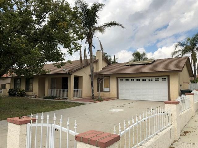 1636 W Etiwanda Avenue, Rialto, CA 92376 (#EV19062638) :: Realty ONE Group Empire