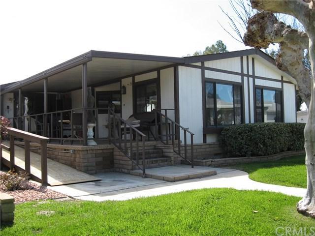 1744 Hoop Way, Hemet, CA 92545 (#SW19063139) :: A|G Amaya Group Real Estate