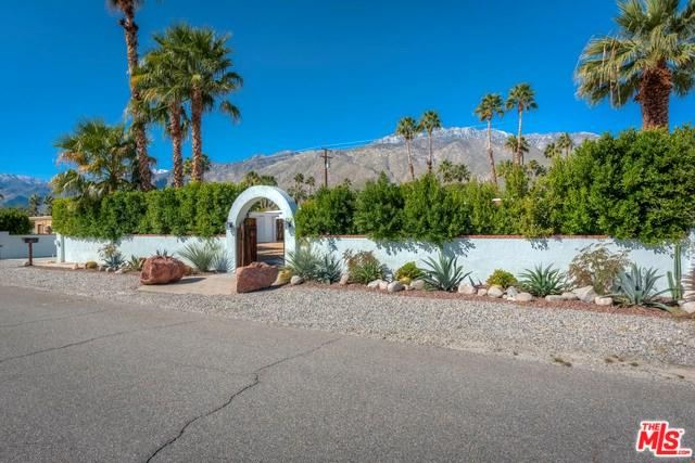 1179 N Calle Rolph, Palm Springs, CA 92262 (#19441034) :: Fred Sed Group