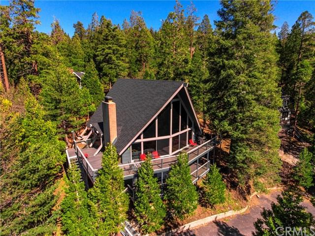 359 Golf Course Road, Lake Arrowhead, CA 92352 (#EV19063715) :: Millman Team