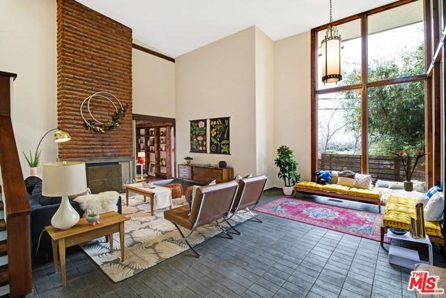 11217 Sunshine Terrace, Studio City, CA 91604 (#19443532) :: RE/MAX Empire Properties