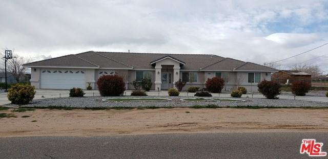15385 Smoke Tree Street, Hesperia, CA 92345 (#19446666) :: Allison James Estates and Homes