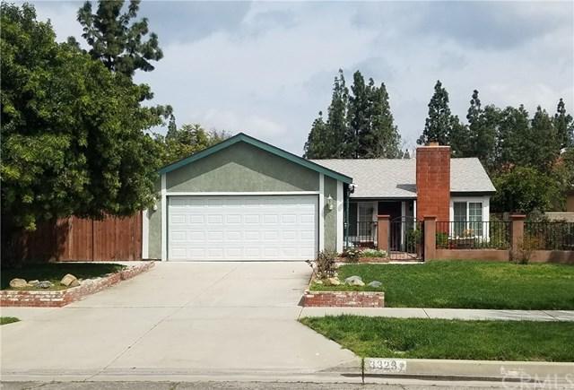 3323 Racine Drive, Riverside, CA 92503 (#PW19064291) :: The DeBonis Team