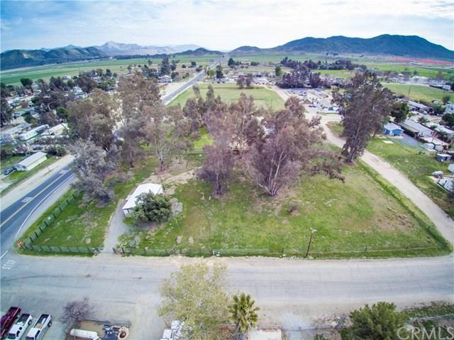 28599 Winchester Rd, Winchester, CA 92596 (#SW19064406) :: RE/MAX Empire Properties