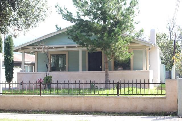 1706 N Marengo Avenue, Pasadena, CA 91103 (#SR19062073) :: The Parsons Team