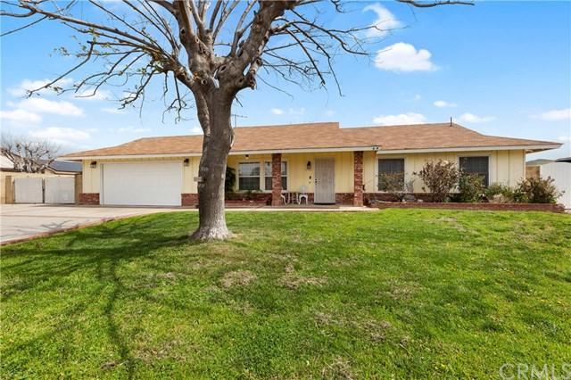 4706 Shetland Lane, Jurupa Valley, CA 92509 (#PW19064363) :: Millman Team