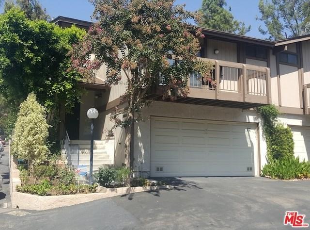 10831 Roycroft Street #72, Sun Valley, CA 91352 (#19444920) :: Steele Canyon Realty