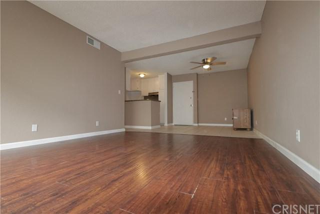 18620 Hatteras Street #171, Tarzana, CA 91356 (#SR19064837) :: Steele Canyon Realty