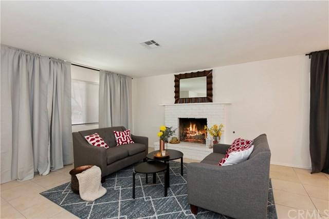 17533 Danbury Avenue, Hesperia, CA 92345 (#CV19062030) :: Mainstreet Realtors®