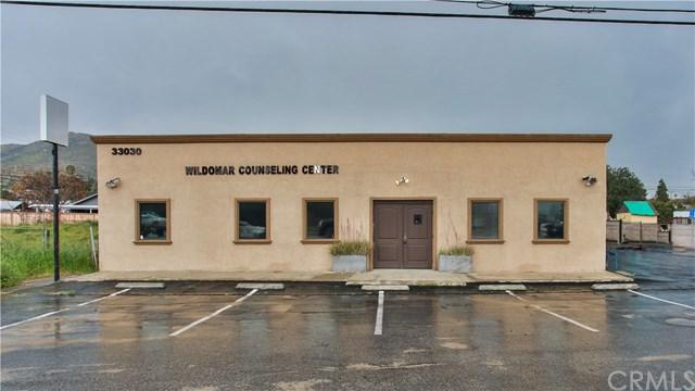 33030 Mission Trail, Wildomar, CA 92595 (#IG19064786) :: Millman Team