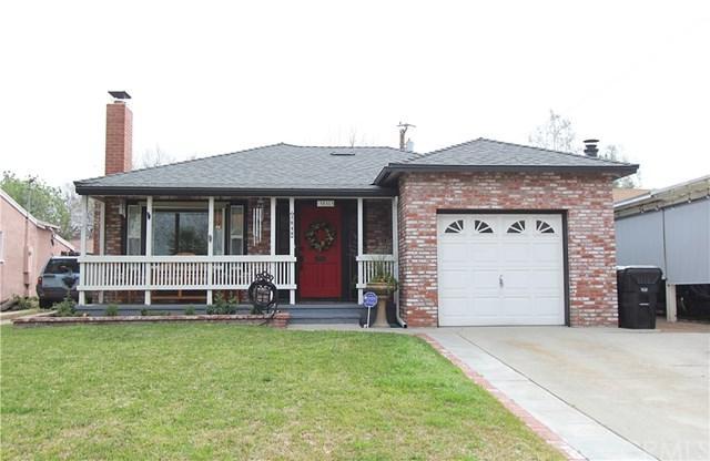 3049 N Stoddard Avenue, San Bernardino, CA 92405 (#EV19065036) :: Allison James Estates and Homes