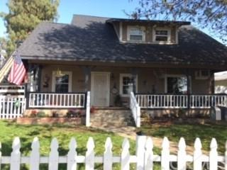 6302 Whittier Avenue, Whittier, CA 90601 (#PW19065346) :: The Laffins Real Estate Team