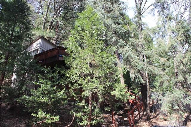 23991 Scenic Drive, Crestline, CA 92325 (#PW19065302) :: Millman Team