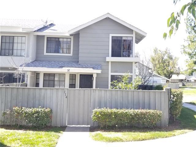 1380 W 48th Street #114, San Bernardino, CA 92407 (#RS19065291) :: Mainstreet Realtors®
