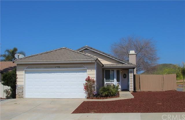 27998 Moonridge Drive, Menifee, CA 92585 (#SW19065485) :: Mainstreet Realtors®