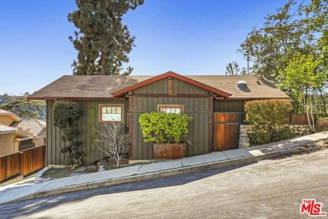 422 Holland Avenue, Los Angeles (City), CA 90042 (#19444118) :: Rogers Realty Group/Berkshire Hathaway HomeServices California Properties