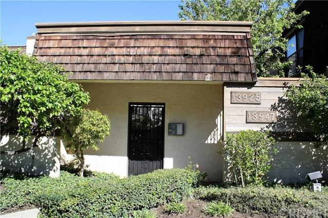 13945 Riverside Drive, Sherman Oaks, CA 91423 (#SR19063383) :: Rogers Realty Group/Berkshire Hathaway HomeServices California Properties