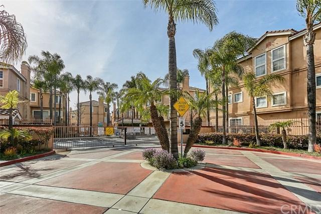 14083 Lemoli Avenue #17, Hawthorne, CA 90250 (#PW19071513) :: Kim Meeker Realty Group