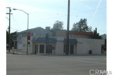 1327 Crenshaw Boulevard - Photo 1