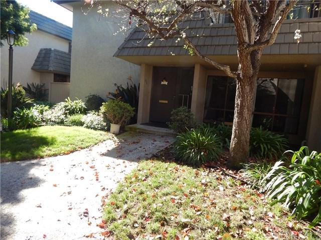 814 S Sierra Avenue, Solana Beach, CA 92075 (#OC19073277) :: Go Gabby