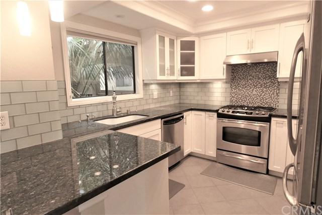 16542 Blackbeard Lane #202, Huntington Beach, CA 92649 (#RS19075057) :: Mainstreet Realtors®