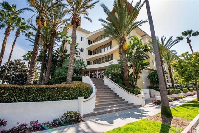13200 Pacific Promenade #220, Playa Vista, CA 90094 (#SR19076145) :: Team Tami