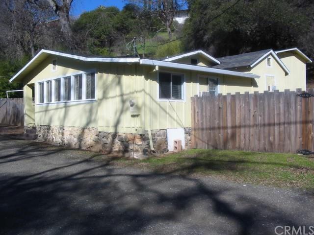 11625 Garden Court, Clearlake Oaks, CA 95423 (#LC19076564) :: Kim Meeker Realty Group