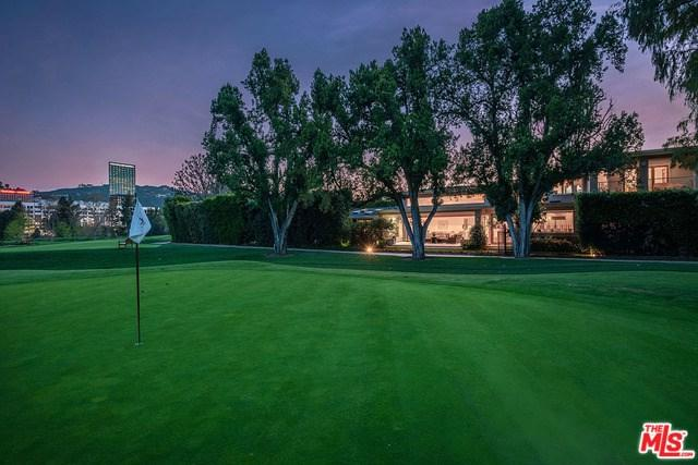 10424 Valley Spring Lane, Toluca Lake, CA 91602 (#19452854) :: The Brad Korb Real Estate Group