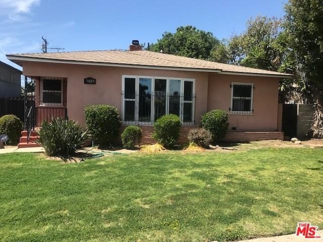 9609 S Van Ness Avenue, Inglewood, CA 90305 (#19453434) :: Kim Meeker Realty Group