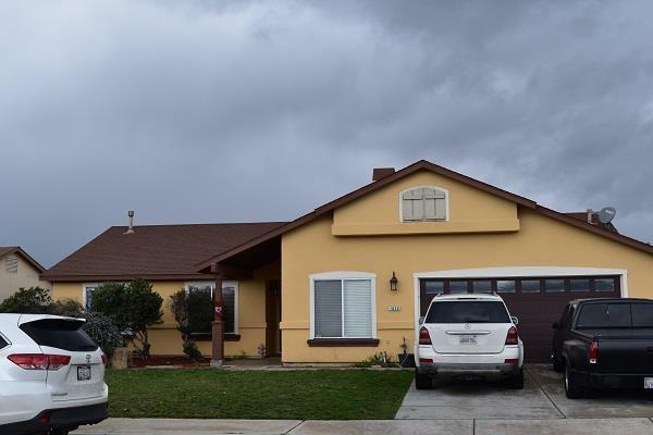 1025 Crestfield Street, Soledad, CA 93960 (#ML81746358) :: The Houston Team | Compass