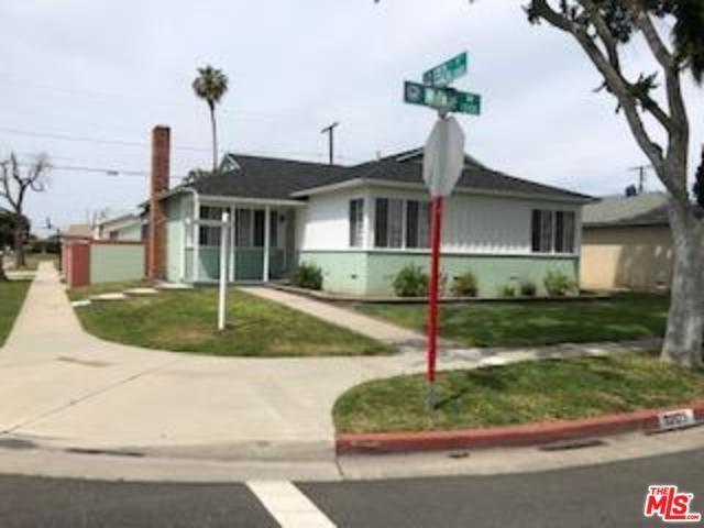 13123 S Wilkie Avenue, Gardena, CA 90249 (#19453786) :: Go Gabby