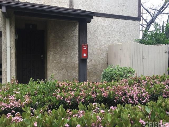 8601 Sunland Boulevard #65, Sun Valley, CA 91352 (#SR19082878) :: Go Gabby