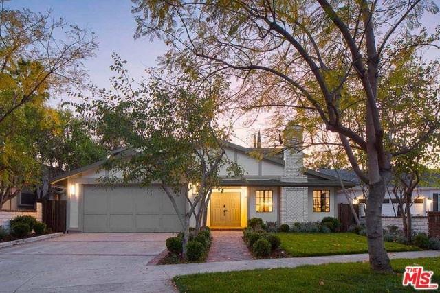 4409 Clybourn Avenue, Toluca Lake, CA 91602 (#19453880) :: The Brad Korb Real Estate Group