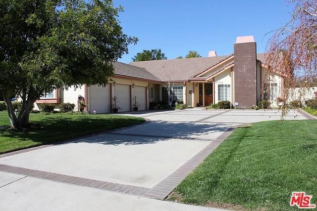 22329 Plummer Street, Chatsworth, CA 91311 (#19454846) :: eXp Realty of California Inc.