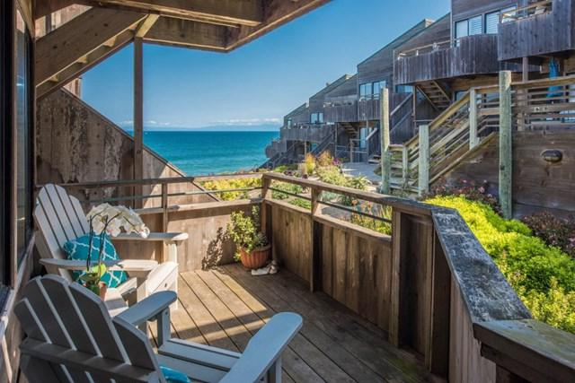 1 Surf Way #129, Monterey, CA 93940 (#ML81747011) :: Fred Sed Group