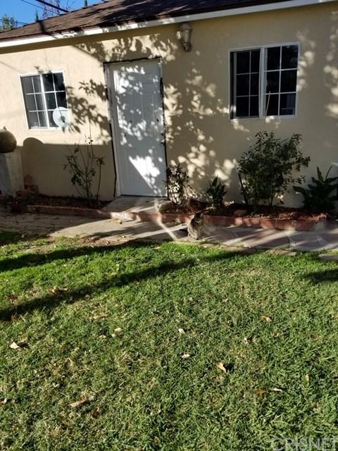 17624 Welby Way, Lake Balboa, CA 91406 (#SR19083921) :: Kim Meeker Realty Group